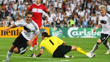 Lahm scores for germany